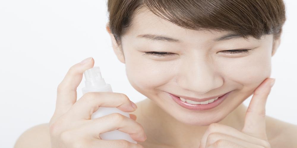 「30代からの化粧水選び!しっとりとさっぱり、乾燥肌にはどちらがおすすめ?」サムネイル画像